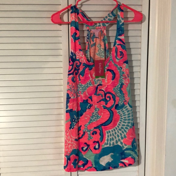 Lilly Pulitzer Tops - NWT super cute Lilly Pulitzer Cordelia Top in XL